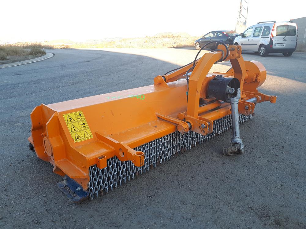 trituradora agricola txf-240 osmaq 1